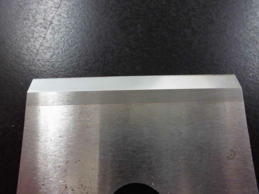 鰹節を削る刃