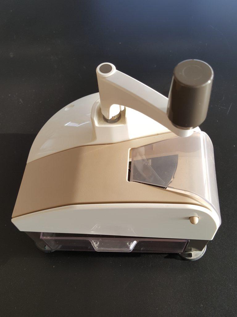 新型の削り器 「オカカ」シリーズ7型