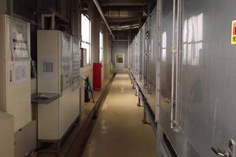 全長27m大島工場の大型熱風乾燥機